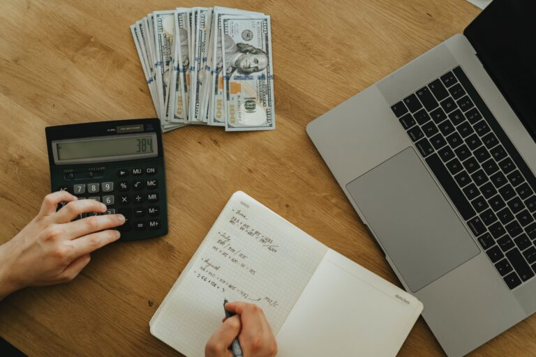 How to Build a Budget for your Small Business in 6 Steps